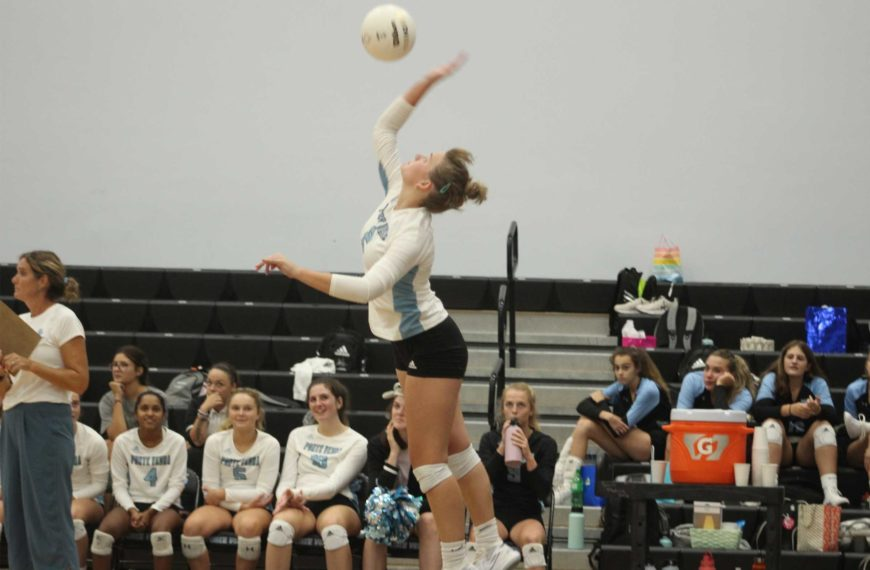 Girls' Volleyball continues mythical performance